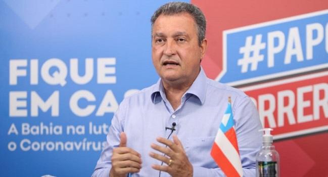 """Em live, governador critica jogos do Bahia: """"Parece que o time inteiro pegou covid"""""""