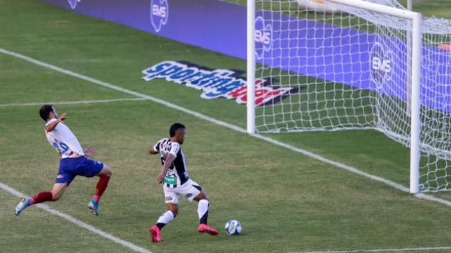 Vexame: Bahia leva 3 a 1 do Ceará no 1º jogo da final do Nordestão; veja os gols
