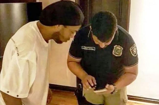 Ronaldinho Gaúcho e Assis são liberados pela Justiça do Paraguai