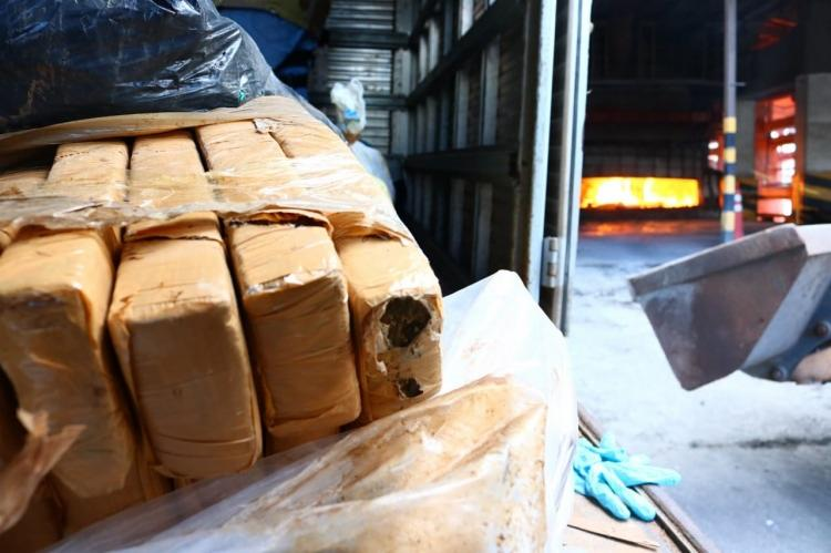 Polícia incinera três toneladas de drogas apreendidas na RMS