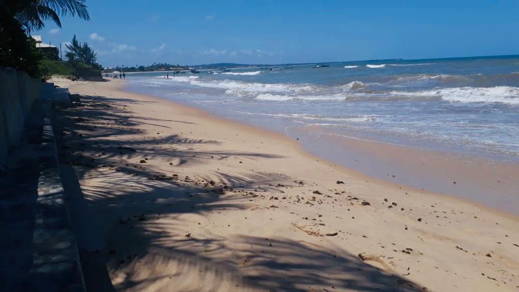 Itacimirim é terceira praia da Bahia a ganhar Bandeira Azul