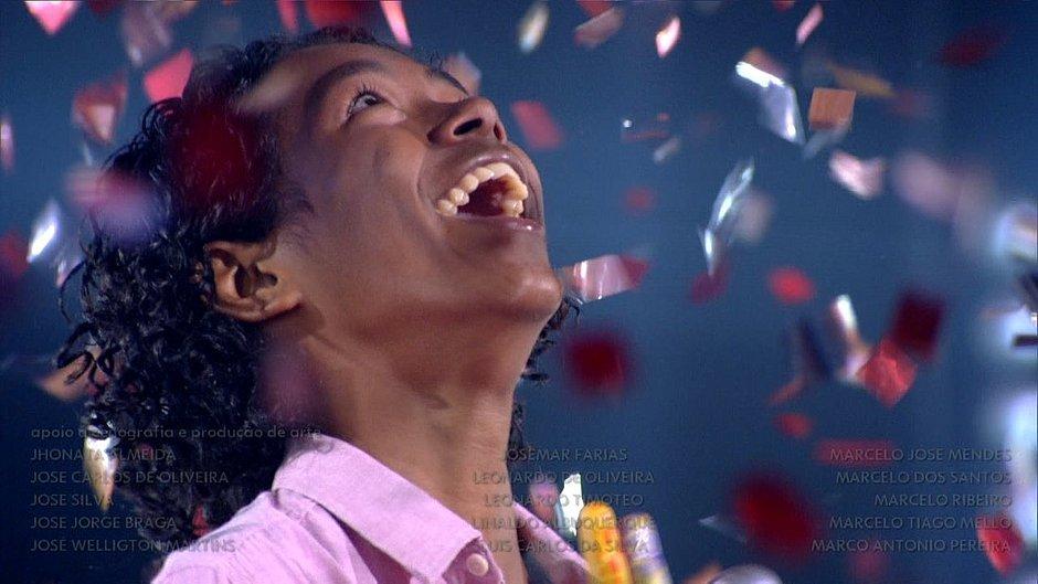 Vencedor do The Voice Kids vai operar cisto nas cordas vocais