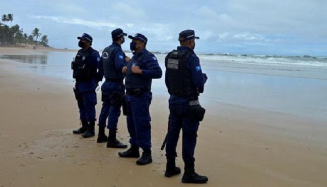 Prefeitura de Salvador libera Praia de Piatã após duas semanas de interdição