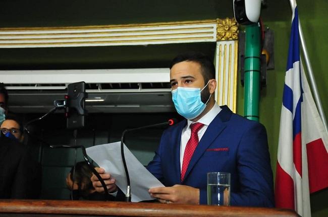 Átila do Congo toma posse do mandato de vereador por Salvador