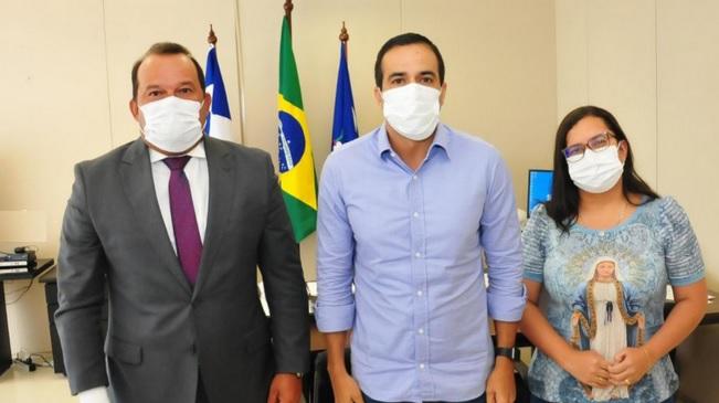 """Geraldo Jr. e Bruno Reis debatem continuidade do auxílio do """"Salvador Para Todos"""""""