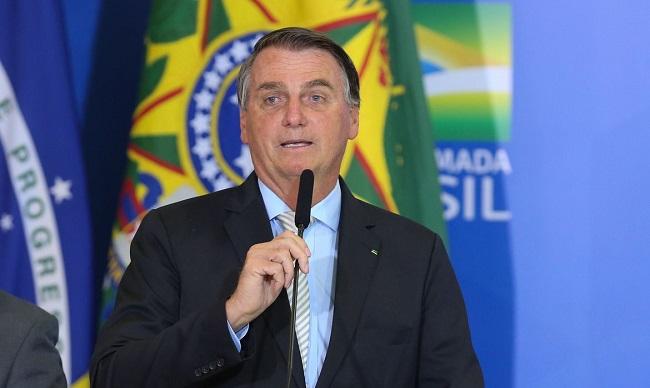 """Bolsonaro: """"Se não privatizar Eletrobras, haverá caos energético"""""""