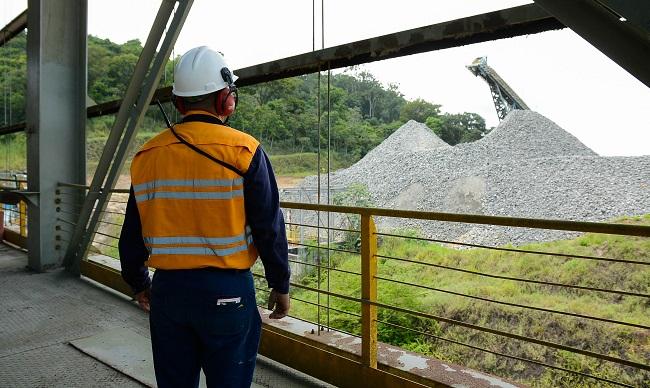 Atlantic Nickel exporta mais de 29 mil toneladas por Ilhéus para produzir carros elétricos