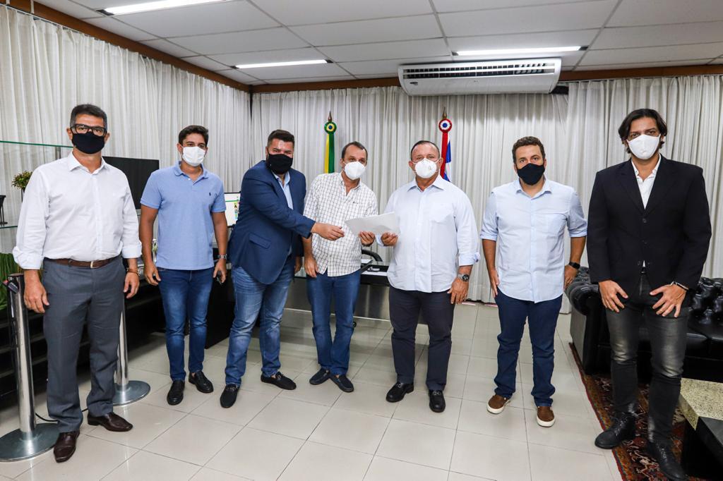 Adolfo Menezes apoia Projeto de Lei que beneficia setor de eventos na Bahia