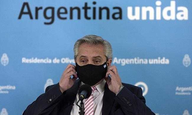 Vacinado com Sputnik V, presidente da Argentina testa positivo para Covid-19