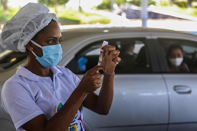 Salvador vai retomar vacinação da 1ª dose neste feriado