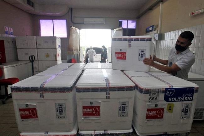 Bahia recebe mais 244 mil doses de Oxford-AstraZeneca