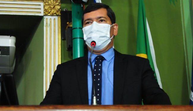 Tinoco propõe implantação de programa de voluntariado em escolas públicas de Salvador