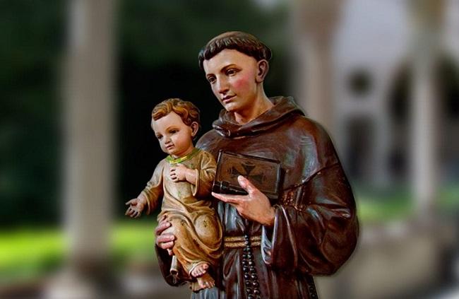 Paróquias de Salvador terão missas e carreatas no Dia de Santo Antônio