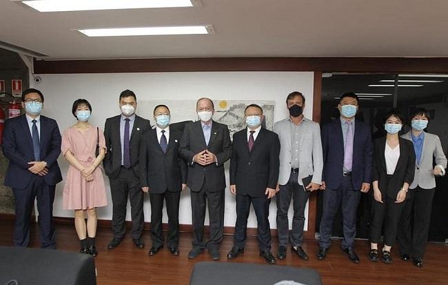 Governador tem nova reunião com chineses do CRCC Investimento e CR20 Brasil