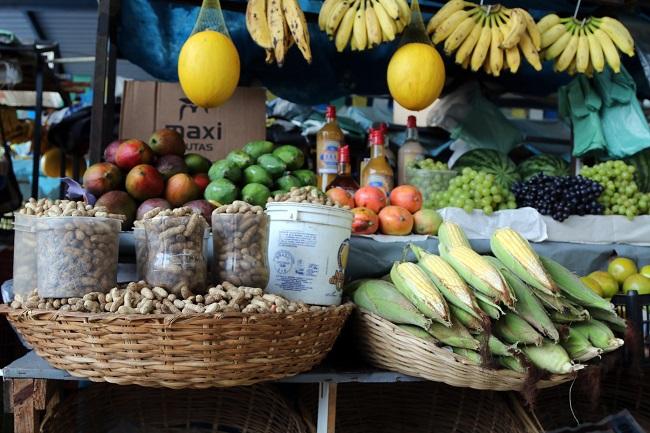 Vigilância Sanitária alerta para cuidados na compra de produtos juninos