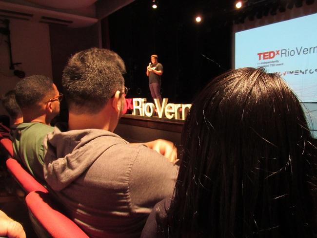 TEDxRioVermelho abre inscrições para palestrantes da edição 2021