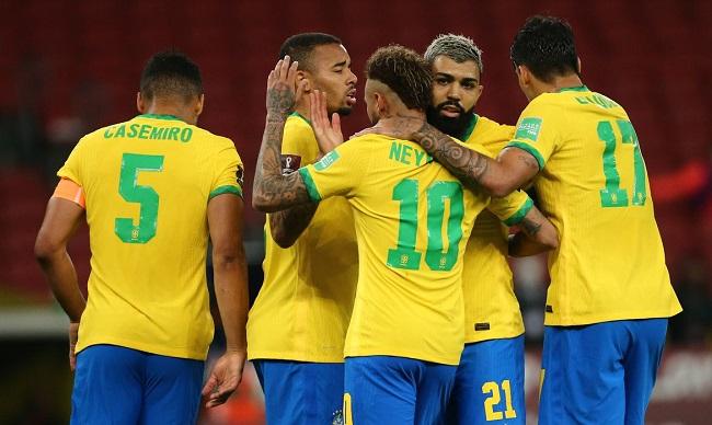 Brasil enfrenta Paraguai nesta terça pelas Eliminatórias da Copa