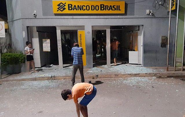 Agência do Banco do Brasil é explodida em Coronel João Sá