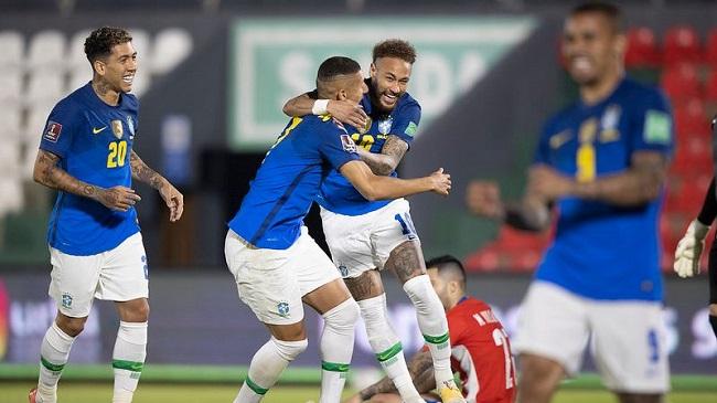 Brasil vence o Paraguai por 2 a 0 pelas Eliminatórias; veja os gols