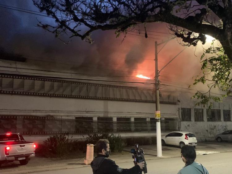 Incêndio destrói acervo de um dos galpões da Cinemateca Brasileira