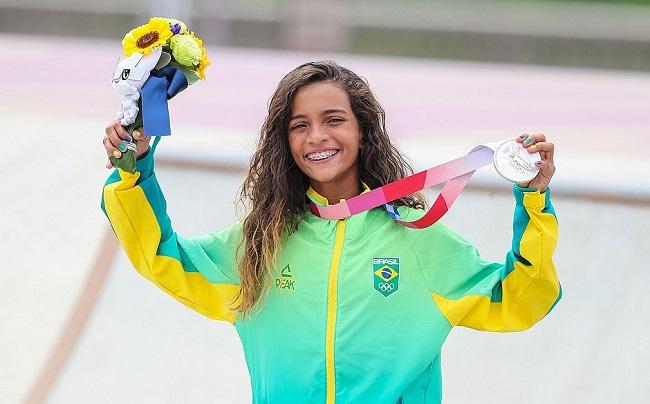 Tóquio: Rayssa Leal conquista mais uma prata para o Brasil no skate