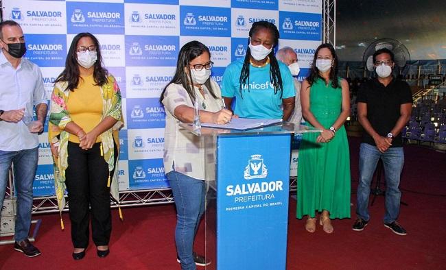 Prefeitura e Unicef vão qualificar atendimento à 1ª infância em Salvador