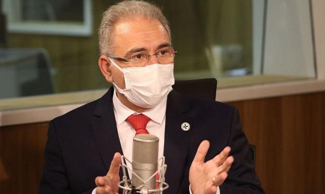 """""""Vacinação é imprescindível para a retomada da economia"""", diz Queiroga"""