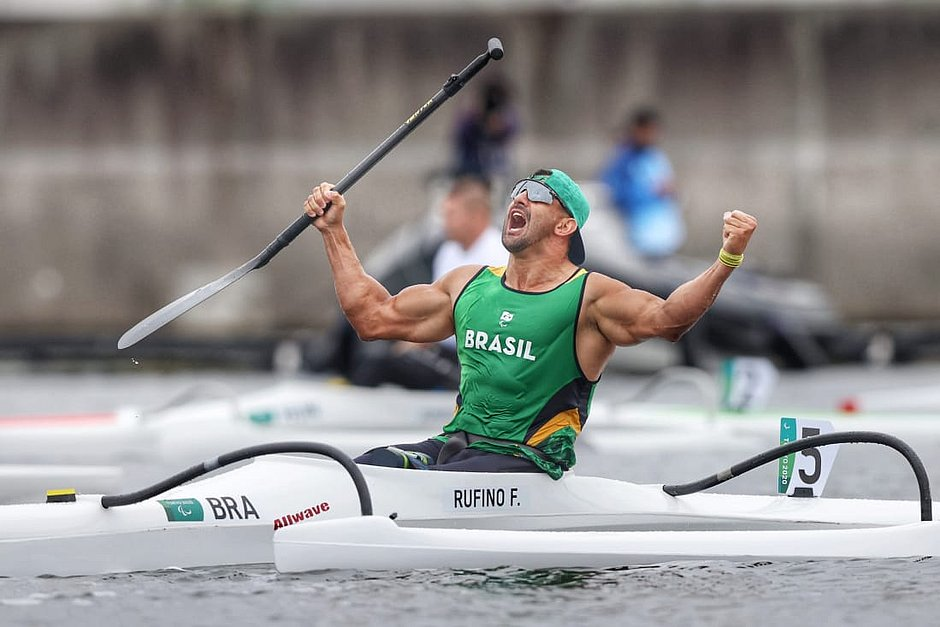 Com 22 ouros, Brasil faz melhor campanha na Paralimpíada