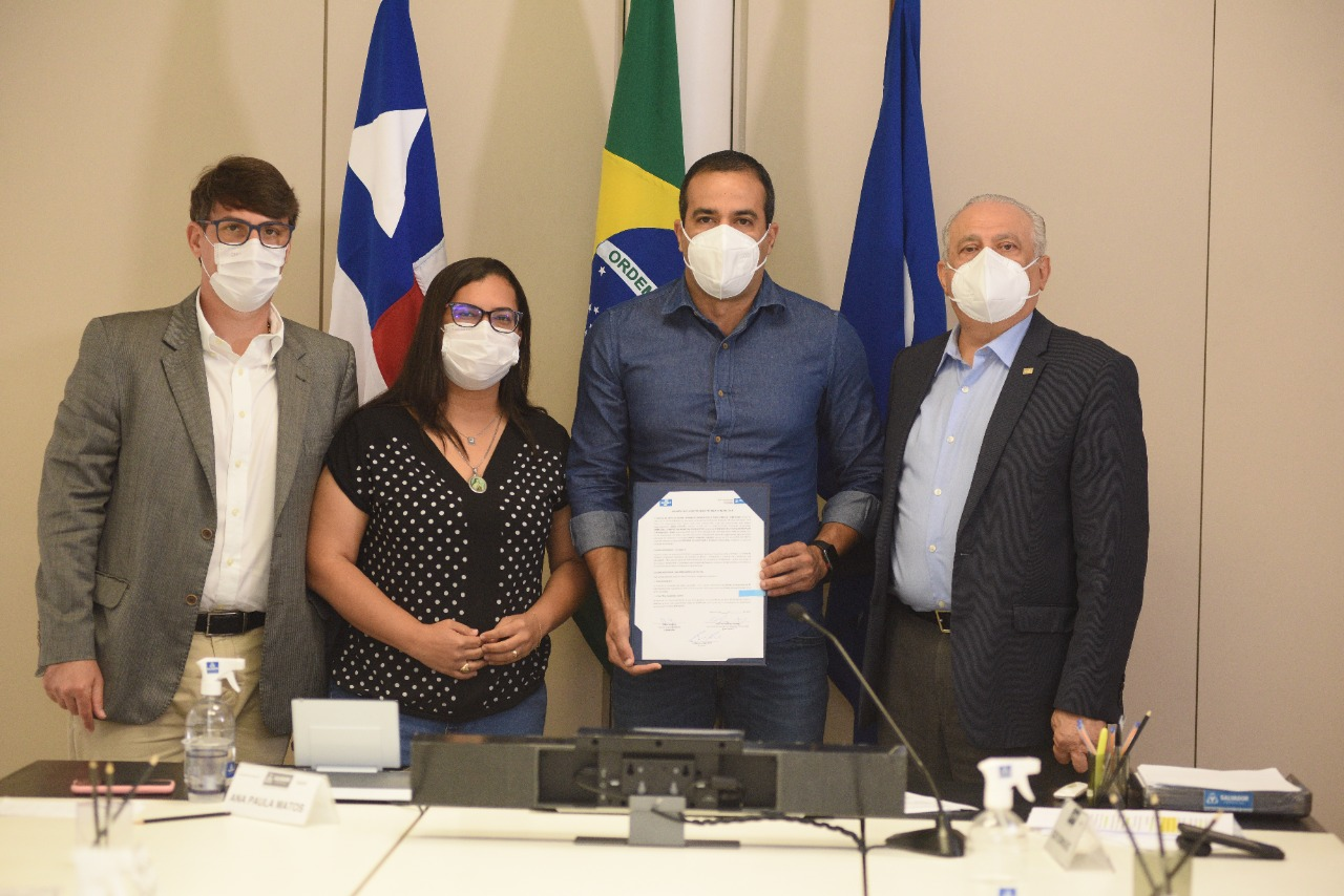 Prefeitura e Sebrae firmam convênio para mapear startups em Salvador