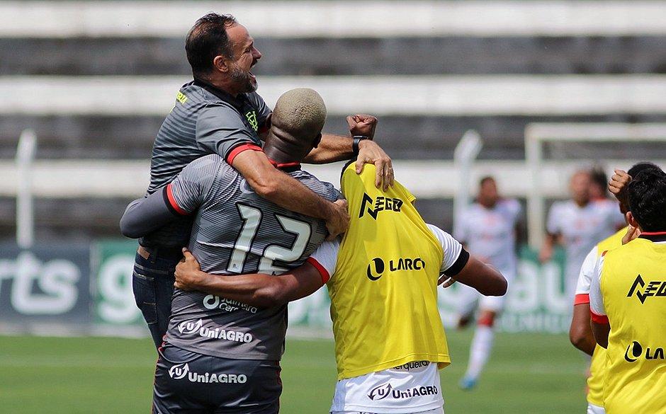 Série B: Fora de casa, Vitória vence o Operário por 1 a 0; veja o gol