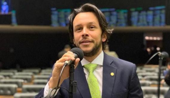 Mário Júnior deve trocar o PP pelo União Brasil